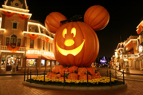 i cant wait for apple picking cider crisp air pumpkins and next year to add mickey and disney to all that i love about the fall season