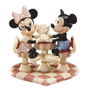 mickey-minnie-soda-shop