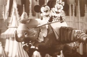 Disney Bonus Book, Black and White - 5. Mickey & Minnie