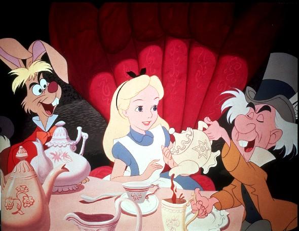 Disney Diy Alice In Wonderland Frame Collage Living In