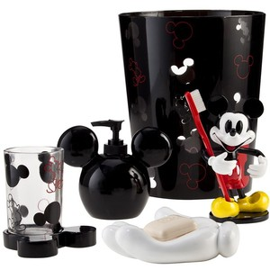 Best of mickey kitchen living in a grown up world for Mickey mouse kitchen accessories