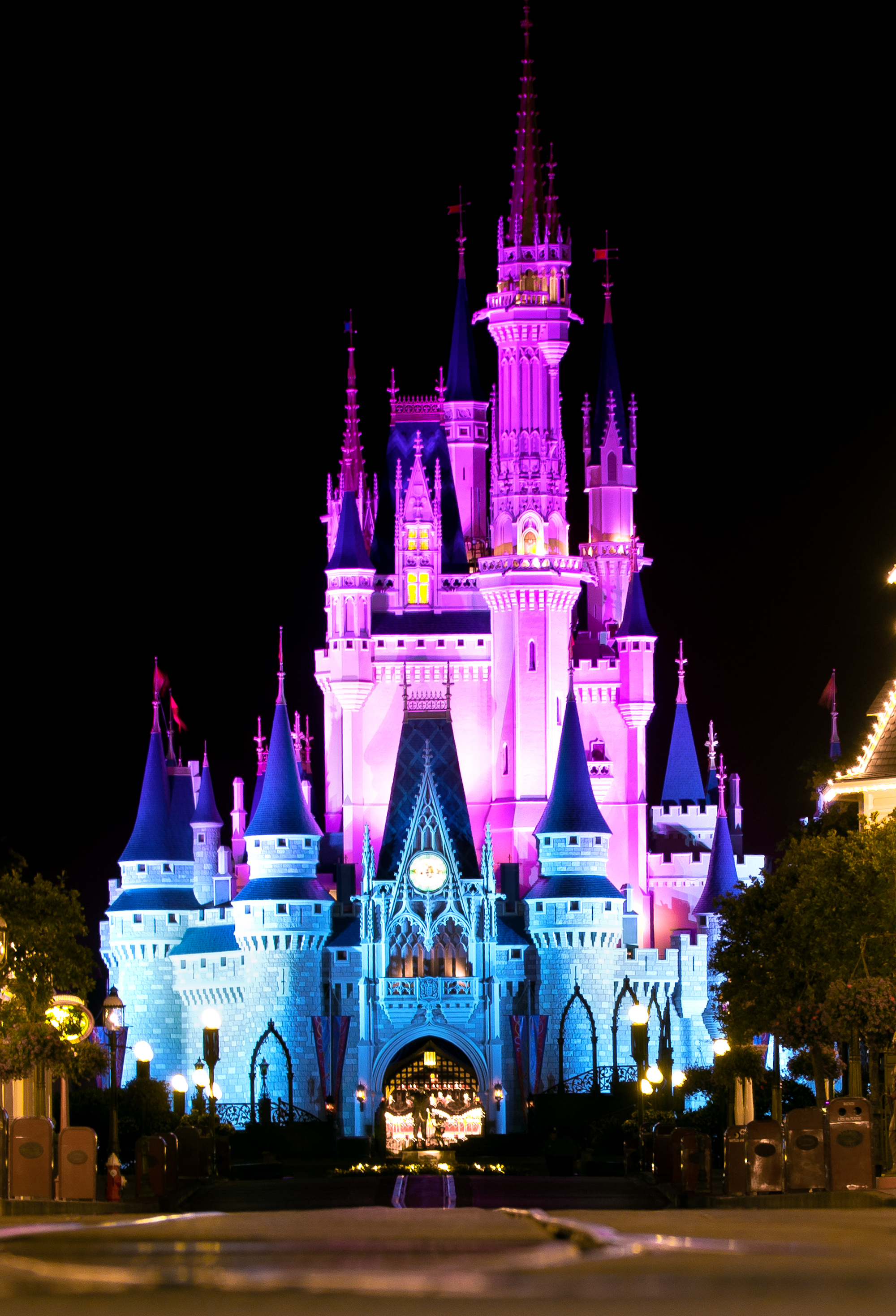 T.G.I.F. Pic Of The Week – Cinderella's Castle Celebrates ...