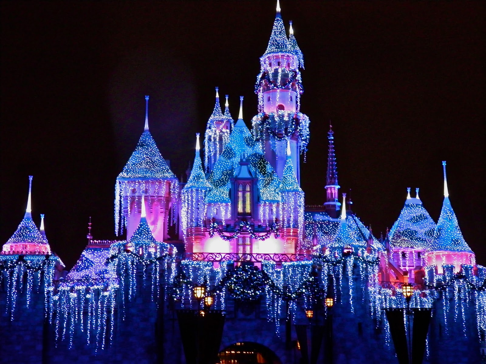 disney christmas | Living in a grown up World | Page 2