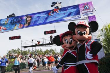 Run MickeyMinnie