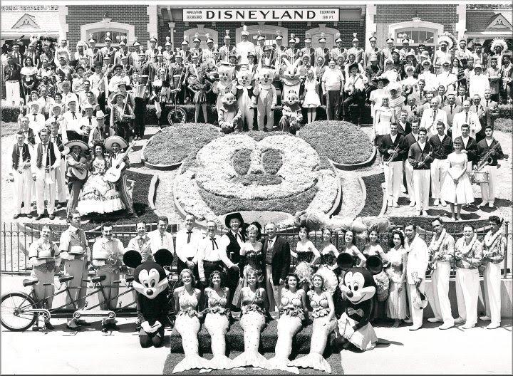DisneylandOpeningDay