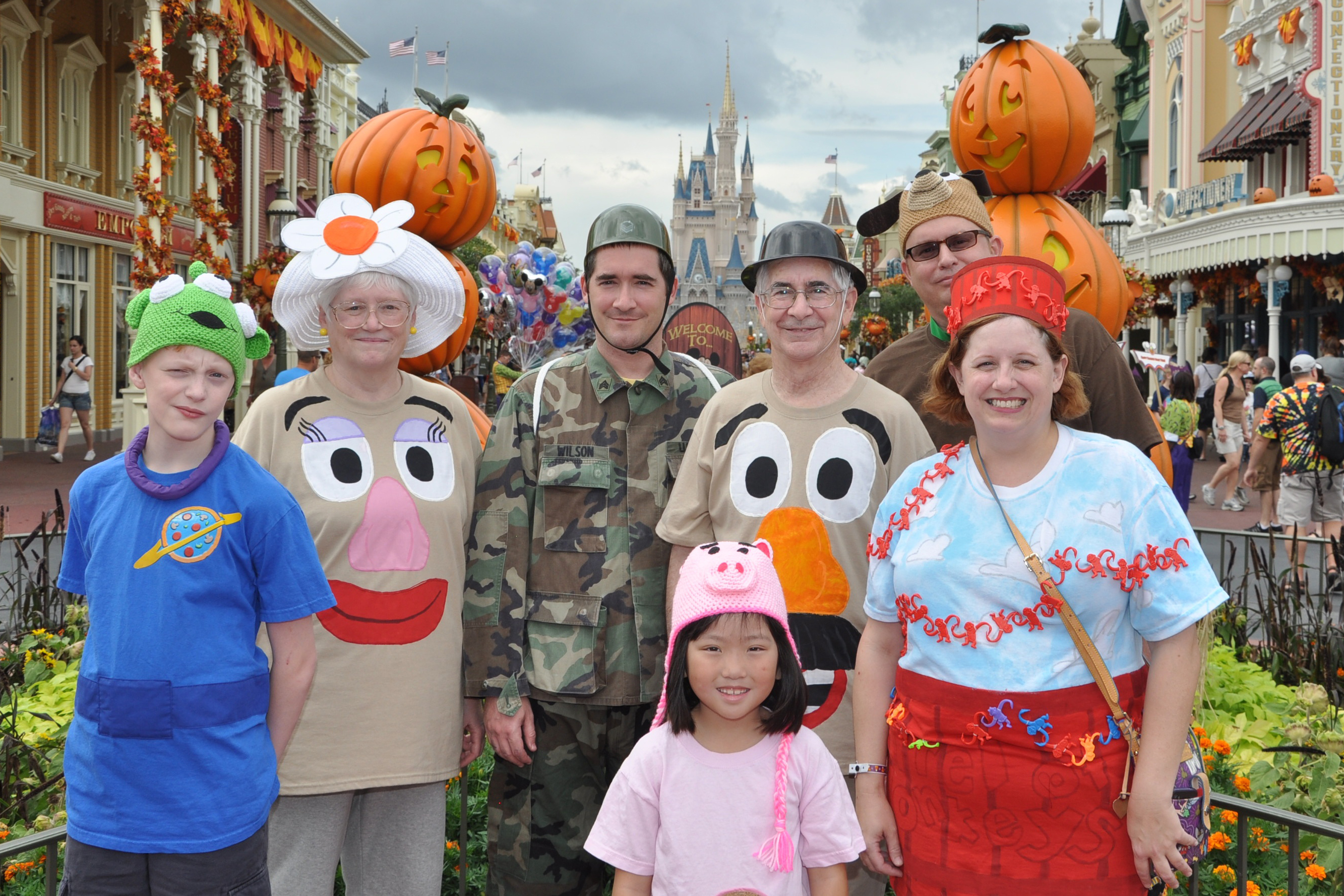 disney halloween party | Living in a grown up World