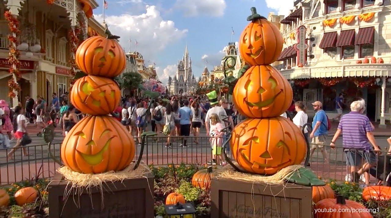 disney halloween | Living in a grown up World