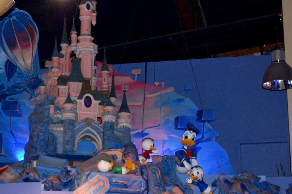 DisneyStore4