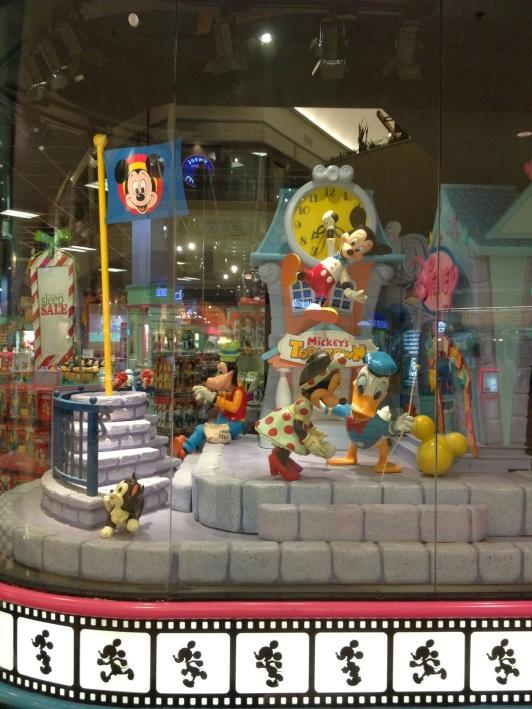 DisneyStore6